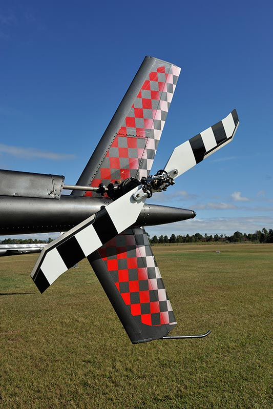 Dakota Air Parts Displays New Composite Tail Rotor Blade for Bell 206 at Heli-Expo